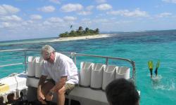 Pidgeon Cays Snorkle Trip